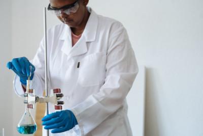 Δημιουργία Κέντρου Αριστείας για καινοτόμο έρευνα για τον καρκίνο και άλλες νόσους