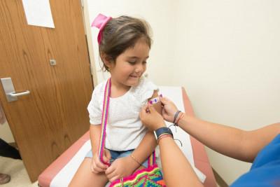 Ο ΕΜΑ ξεκίνησε να αξιoλογει το εμβόλιο COVID της Pfizer για παιδιά 5-11 ετών