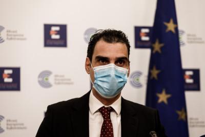 Κορονοϊός: Ο Αύγουστος «ρίχνει» τους ημερήσιους εμβολιασμούς - Η εξήγηση Θεμιστοκλέους