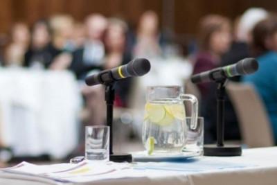 Κορονοϊός: Τα νέα μέτρα προστασίας για τη διεξαγωγή συνεδρίων